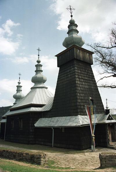 Berest. Cerkiew grecko katolicka p.w. św. Kosmy i Damiana. Obecnie kościół rzymsko katolicki. Łemkowszczyzna.