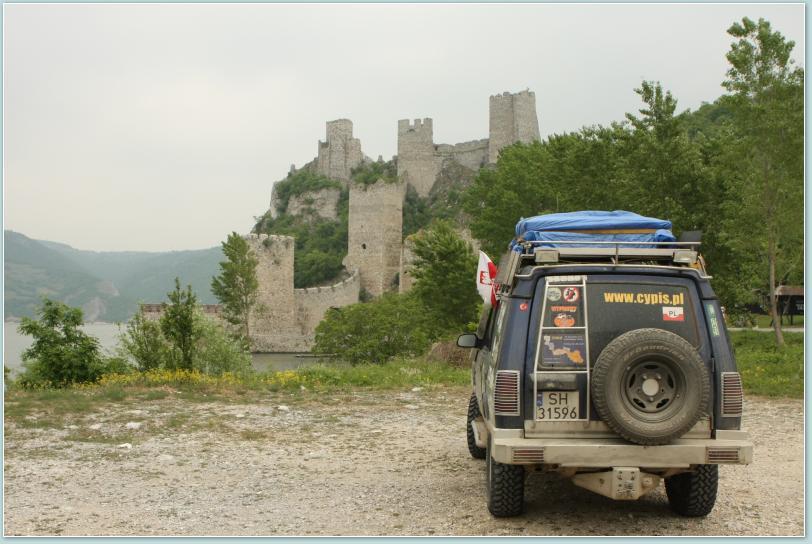 Golubac - ruiny twierdzy nad Dunajem.
